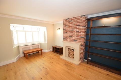 3 bedroom semi-detached house to rent - Hall Place Crescent,  Bexley, DA5