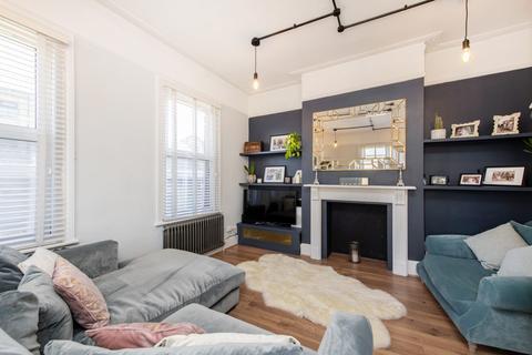2 bedroom apartment for sale - Thornbury Road, Brixton
