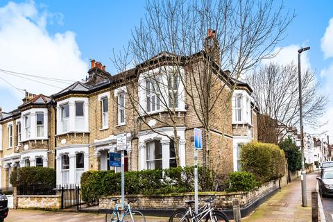 2 bedroom flat for sale - Southfields Road, Wandsworth
