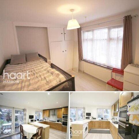 3 bedroom terraced house to rent - Milton Avenue NW9 0EU