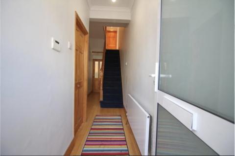 3 bedroom terraced house to rent - Wellington Road , Walthamstow  E17