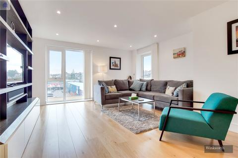 3 bedroom flat for sale - Arrandene Apartments, Silverworks  Close, London, NW9