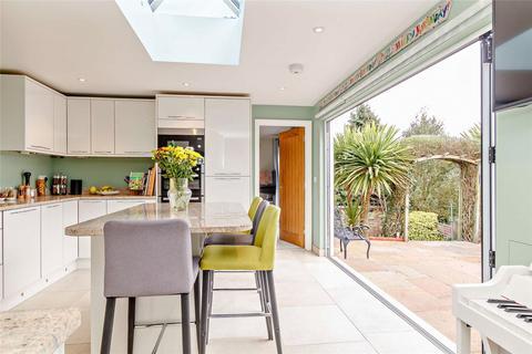 4 bedroom semi-detached bungalow for sale - Broadlands Close, Salisbury, Salisbury, Wiltshire, SP1