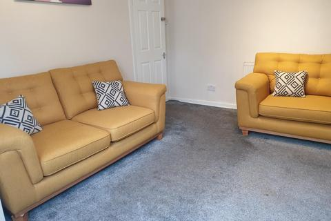 5 bedroom terraced house to rent - Richmond Grove, M13 0DS