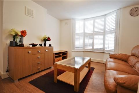2 bedroom flat to rent - Darfield Road London SE4