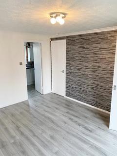 2 bedroom semi-detached house to rent - , Thornliebank