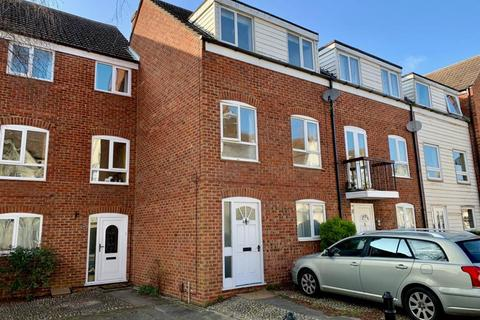 4 bedroom townhouse to rent - Abingdon,  Town Centre,  OX14