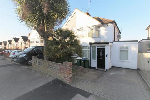 3 bedroom semi-detached house for sale - Holmsdale Grove, Bexleyheath, Kent, DA7 6PA
