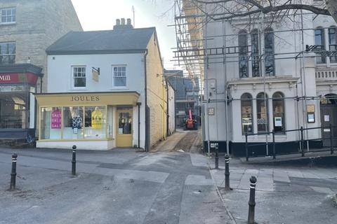 2 bedroom apartment to rent - Market Square, 8B Market Square, Witney