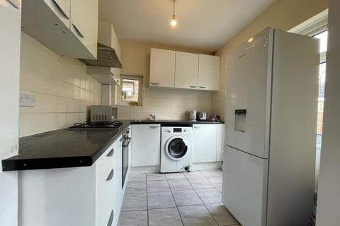 3 bedroom terraced house to rent - Eastdown Park, London, SE13