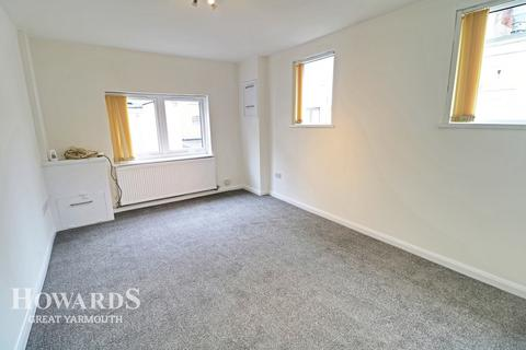 3 bedroom end of terrace house for sale - Victoria Street, Great Yarmouth