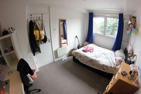 Flat share to rent - Longshore, London SE8
