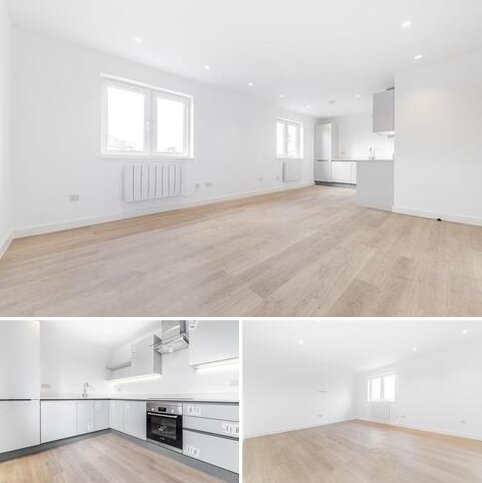 2 bedroom apartment to rent - Rochester Way Eltham SE9