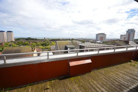 2 bedroom flat to rent - Biscop House, Villiers Street, Sunderland, Tyne and Wear