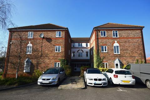 1 bedroom flat to rent - Rembrandt Court, Epsom, Surrey. KT19 0SB