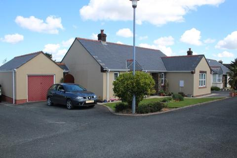 3 bedroom detached bungalow for sale - Cromwell Drive, Redberth, Tenby