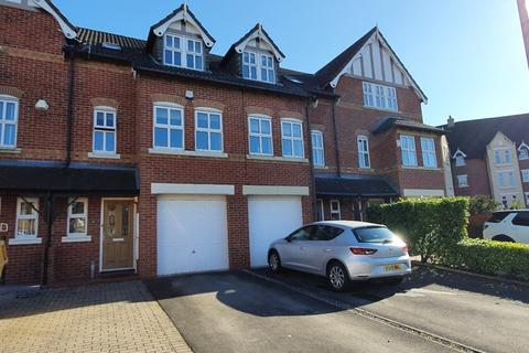 3 bedroom townhouse for sale - Blakemere Drive, Northwich