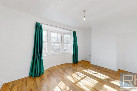 4 bedroom terraced house to rent - Lordship Lane, London, N17
