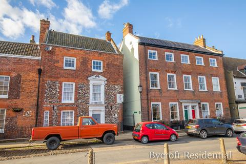5 bedroom townhouse for sale - Northgate Street, Great Yarmouth