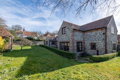 2 bedroom cottage for sale - Cley