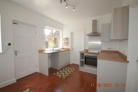 3 bedroom townhouse to rent - Clifton Street, May Bank