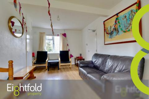 4 bedroom house share to rent - The Crescent, Brighton