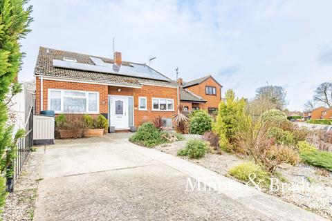 3 bedroom chalet for sale - Bircham Road, Reepham