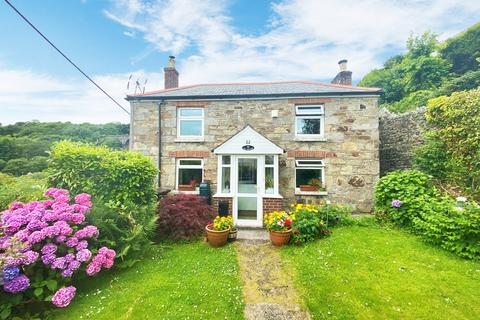 3 bedroom detached house for sale - Trenance Road, St. Austell