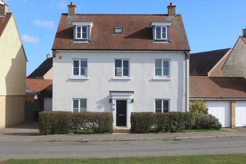 5 bedroom detached house for sale - Battle Rise, Heybridge