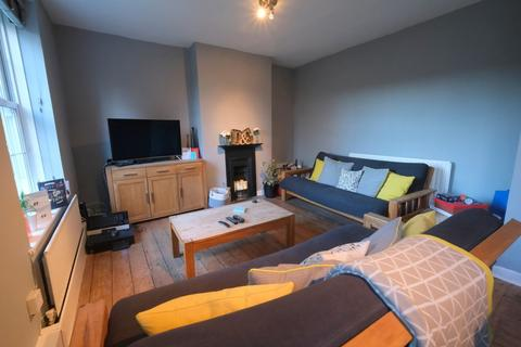 2 bedroom ground floor flat to rent - Tanners Hill, London, SE8