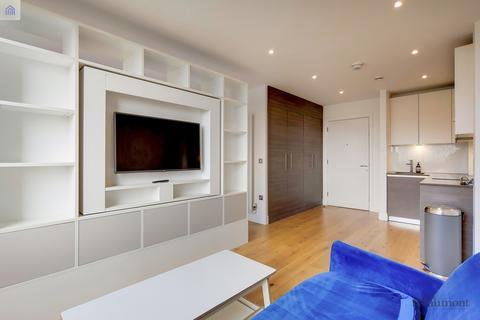 Studio to rent - 68 Molesworth Street