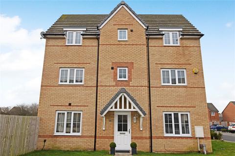 3 bedroom semi-detached house for sale - McLaren Place, Morley, Leeds