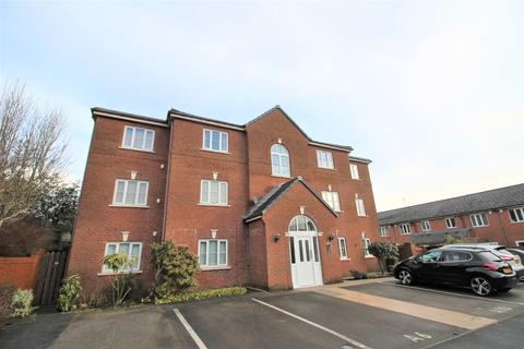 2 bedroom flat for sale - Read Close, Shaw, OL2