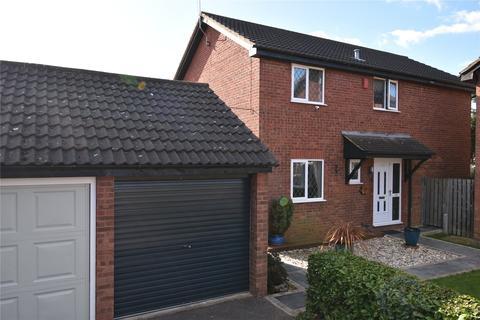 4 bedroom detached house for sale - Moor End, Maidenhead, Berkshire, SL6