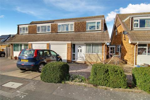 3 bedroom semi-detached house for sale - Stapleton Close, Highworth, Wiltshire, SN6