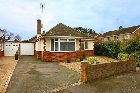 3 bedroom bungalow for sale - Mackie Avenue, Hassocks, West Sussex, BN6 8NJ.