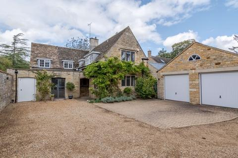 5 bedroom character property for sale - Woodford Road, Great Addington