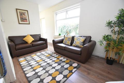 6 bedroom house to rent - Cathays Terrace, Cathays, Cardiff