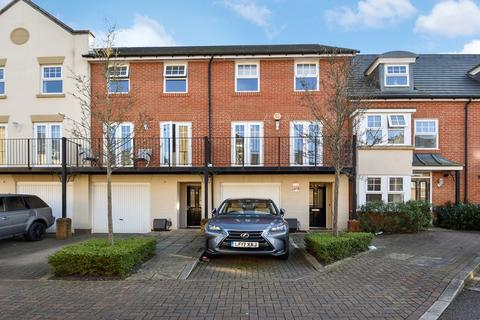 4 bedroom townhouse for sale - Mackintosh Street, Bromley BR2