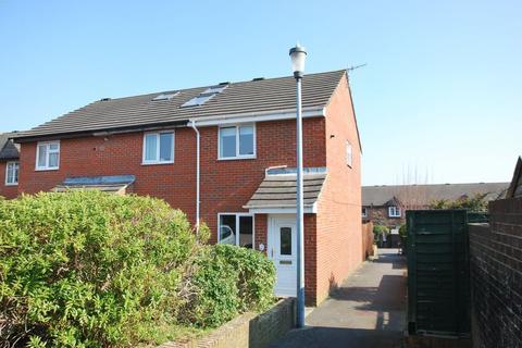 2 bedroom semi-detached house to rent - Lees Court, Salisbury