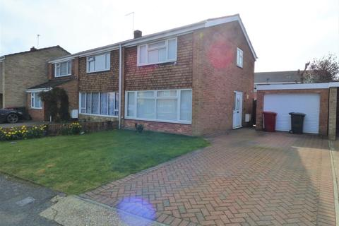 3 bedroom semi-detached house to rent - Alderbury Road, Slough, SL3