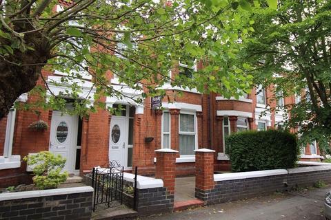 3 bedroom terraced house to rent - Gainsborough Road, Crewe