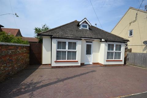 4 bedroom chalet for sale - Pansey Drive, Dersingham,