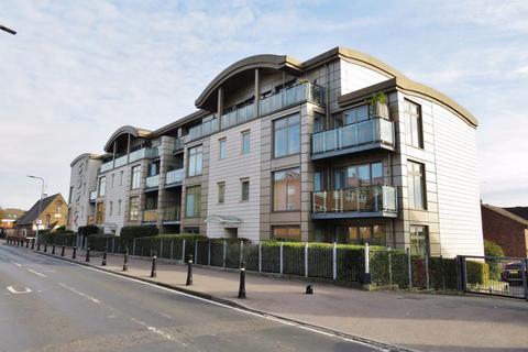 2 bedroom apartment to rent - The Atrium, Buckhurst Hill, IG9