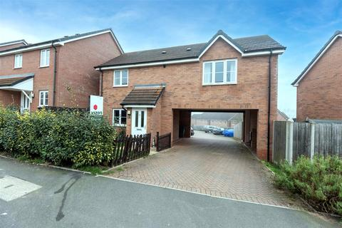 2 bedroom coach house for sale - Dovecote Close, Brockhill, Redditch