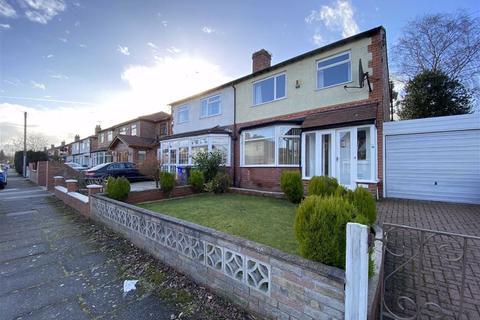 3 bedroom semi-detached house to rent - Vaughan Road, Chorlton