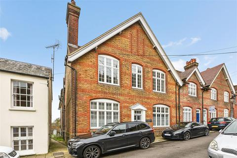 4 bedroom end of terrace house for sale - King Street, Arundel