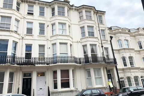 2 bedroom flat to rent - Madeira Place, Brighton