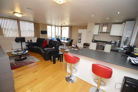 2 bedroom flat for sale - New Pond Street, Newhall, Harlow, Essex, CM17