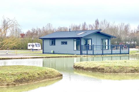 2 bedroom villa for sale - A Brand New Choice of Lodge Types/Sizes at Wagtail Country Park, Marston